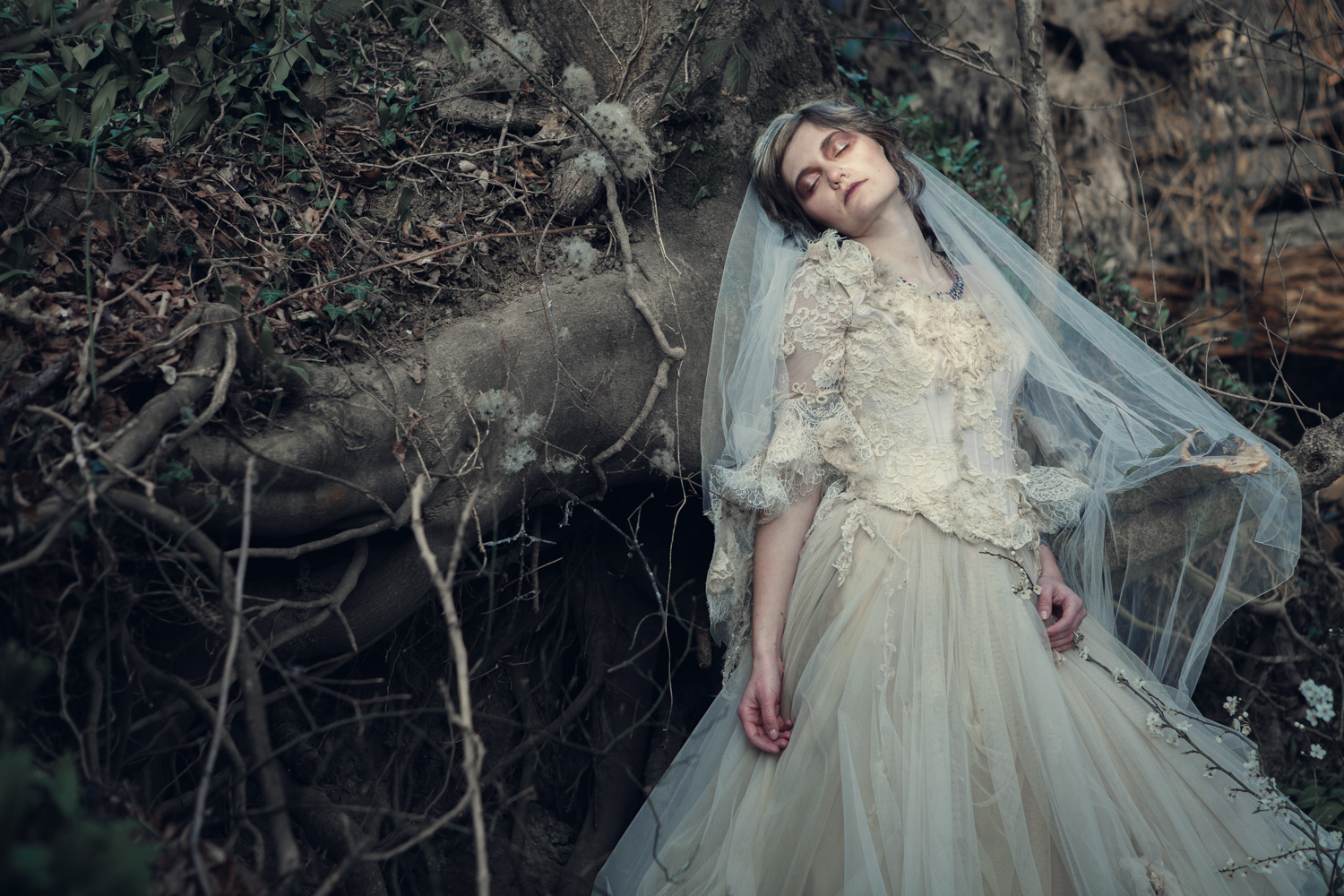 Alternative Wedding Dresses : The couture company bespoke alternative wedding dresses misshavisham