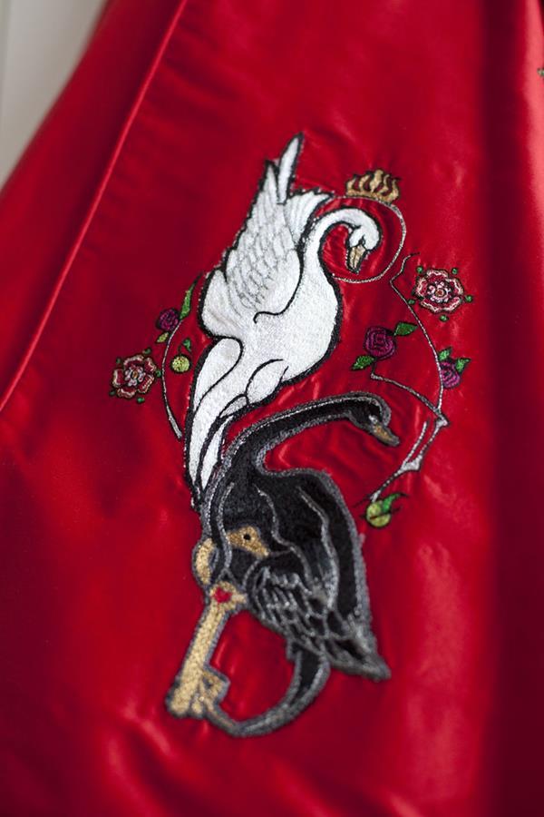 The-couture-company-alterantive-bespoke-wedding-dresses-Regula-Red-dress (10)