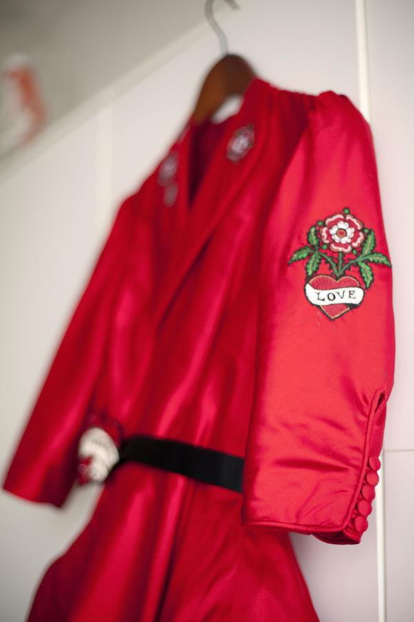 The-couture-company-alterantive-bespoke-wedding-dresses-Regula-Red-dress (12)