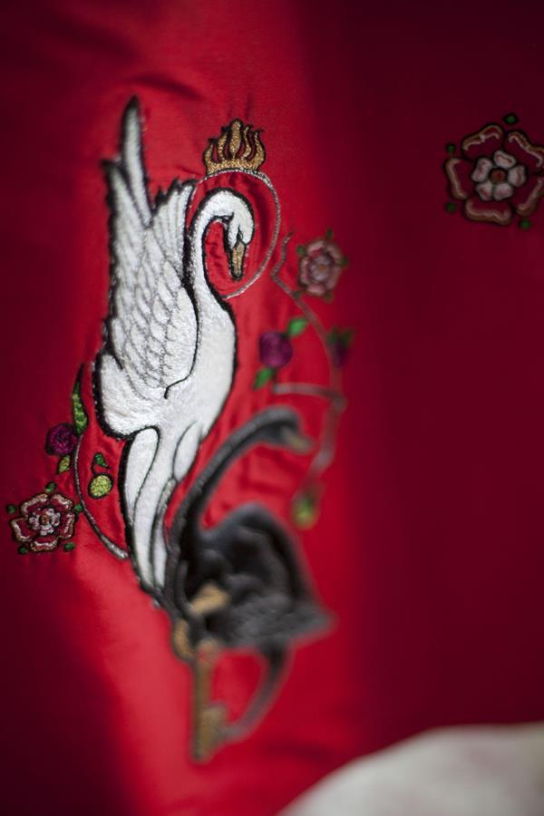 The-couture-company-alterantive-bespoke-wedding-dresses-Regula-Red-dress (14)