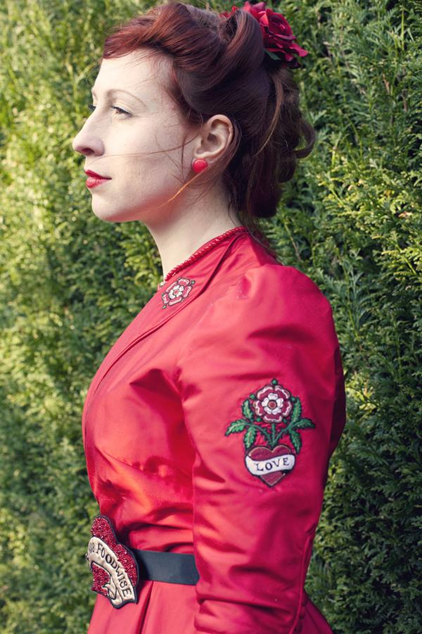 The-couture-company-alterantive-bespoke-wedding-dresses-Regula-Red-dress (3)