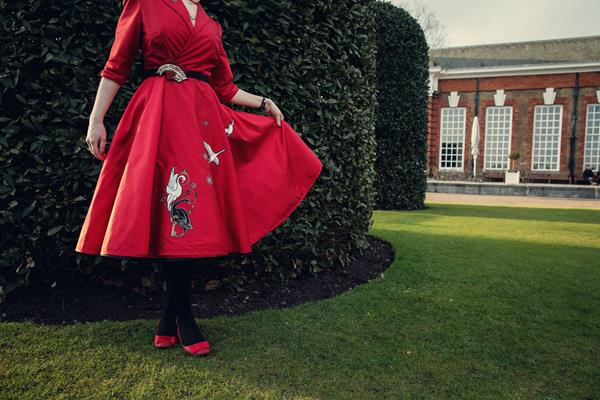 The-couture-company-alterantive-bespoke-wedding-dresses-Regula-Red-dress-by-assassynation (10)