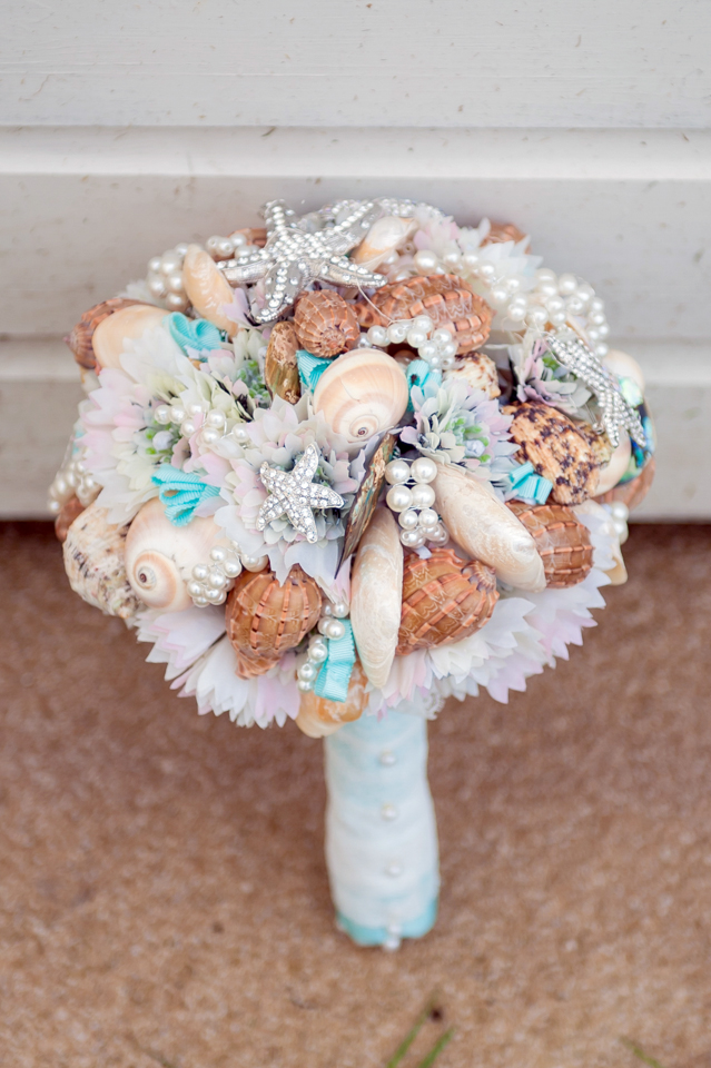Natalie 39 s aqua toned alterantive beach wedding with shell for Ocean themed wedding dress