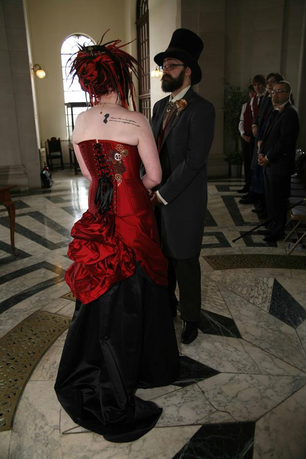 The-couture-company-alternative-bespoke-custom-made-wedding-bridal-quirky-dresses-unusual-steampunk-gears-cogs-bride-victorian-gothic-black-red-gold-metallic-corset-bride-embroidered-dress-steam-punk (5) (Copy)