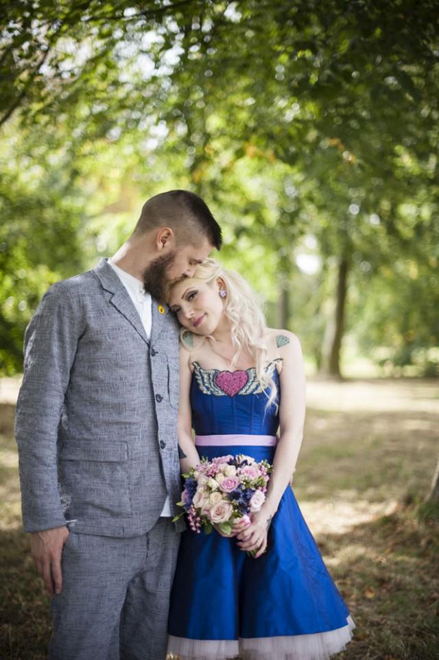 blue-wedding-dress-bride-20-640x962