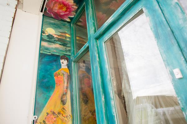 the-couture-company-new-shop-boutique-alternative-unique-wedding-bridal-dresses-dress-gowns-quirky-unusual-coloured-lee-allen-photography (6)