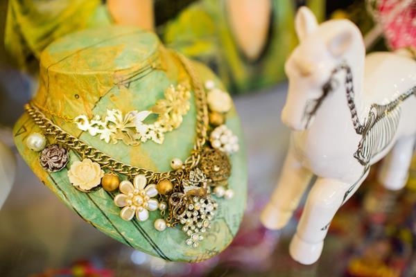 the-couture-company-new-shop-boutique-alternative-unique-wedding-bridal-dresses-dress-gowns-quirky-unusual-coloured-lee-allen-photography (66)