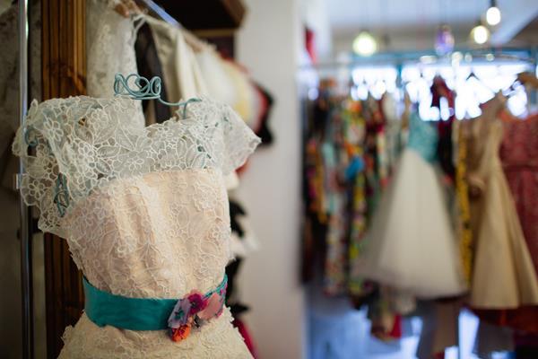 Alternative Wedding Dress Stores : Boutique alternative unique wedding bridal dresses dress gowns