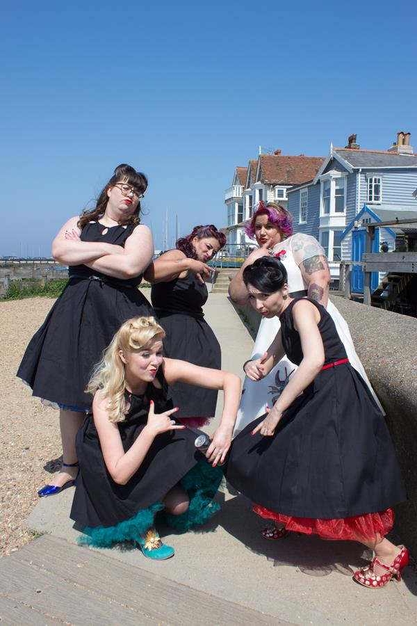 the-couture-company-alternative-wedding-dresses-dress-tattoos-tattooed-bride-rocknroll-50s-short-colourful-bespoke-rock-bridal-6