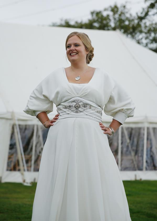 The-couture-company-alternative-bespoke-wedding-dresses-andunusual-quirky-custom-made-bridal-gown-RebeccaC (5) (Copy)