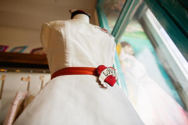 the-couture-company-new-shop-boutique-alternative-unique-wedding-bridal-dresses-dress-gowns-quirky-unusual-coloured-lee-allen-photography (13)