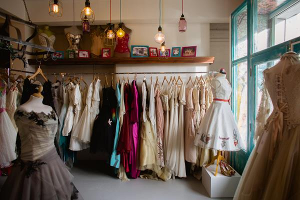 the-couture-company-new-shop-boutique-alternative-unique-wedding-bridal-dresses-dress-gowns-quirky-unusual-coloured-lee-allen-photography (2)