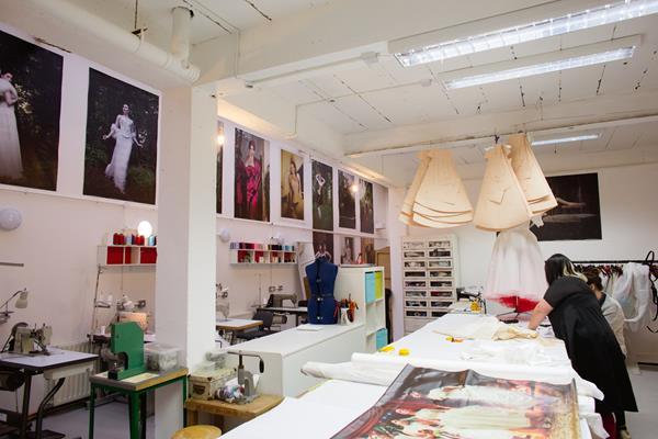 the-couture-company-new-shop-boutique-alternative-unique-wedding-bridal-dresses-dress-gowns-quirky-unusual-coloured-lee-allen-photography (37)