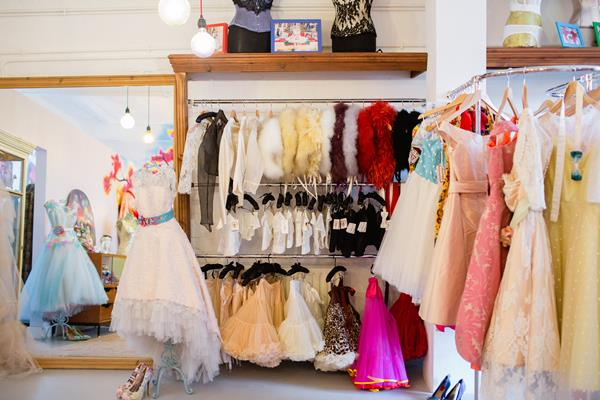 the-couture-company-new-shop-boutique-alternative-unique-wedding-bridal-dresses-dress-gowns-quirky-unusual-coloured-lee-allen-photography (53)