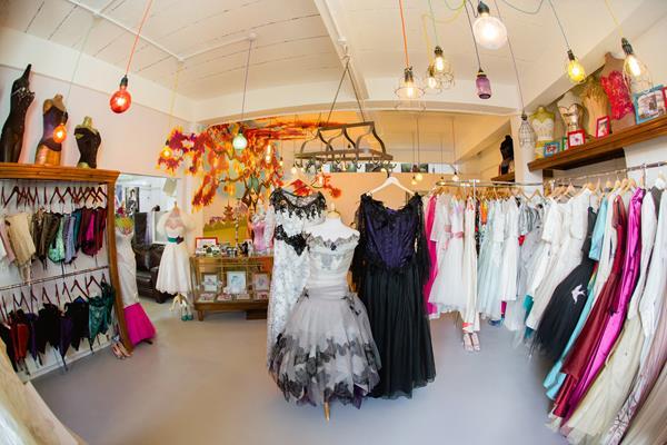 the-couture-company-new-shop-boutique-alternative-unique-wedding-bridal-dresses-dress-gowns-quirky-unusual-coloured-lee-allen-photography (57)