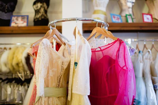 the-couture-company-new-shop-boutique-alternative-unique-wedding-bridal-dresses-dress-gowns-quirky-unusual-coloured-lee-allen-photography (67)