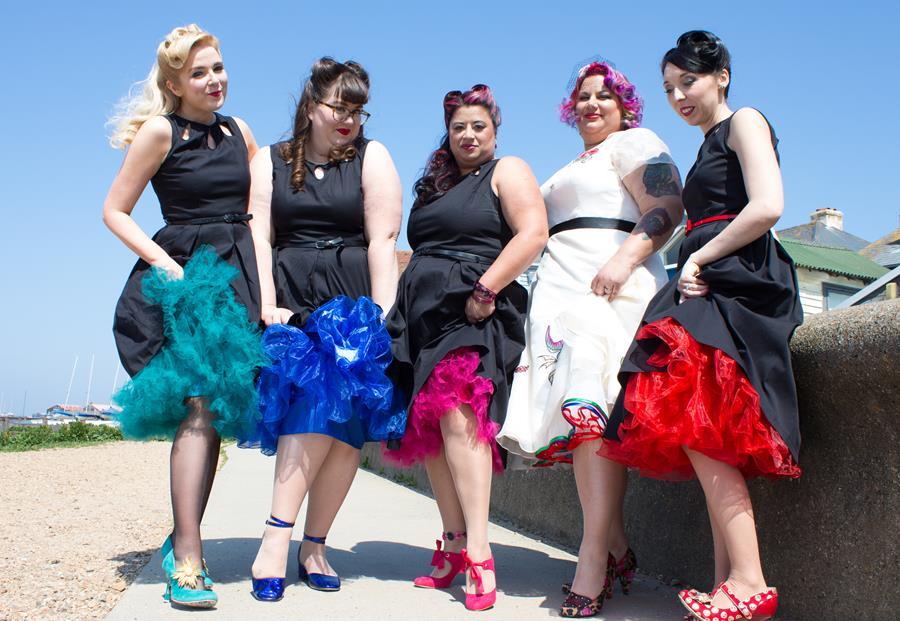 the-couture-company-alternative-wedding-dresses-dress-tattoos-tattooed-bride-rocknroll-50s-short-colourful-bespoke-rock-bridal-36