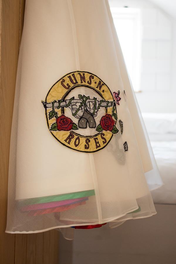 the-couture-company-alternative-wedding-dresses-dress-tattoos-tattooed-bride-rocknroll-50s-short-colourful-bespoke-rock-bridal-38